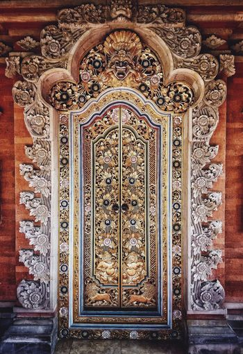 Balinese Door Design Pattern Architecture Full Frame Balinese Bali Culture And Tradition Mystery Tradition Chinese Dragon Dragon Cultures Photography Popular Photos Amazing Architecture Ukiran