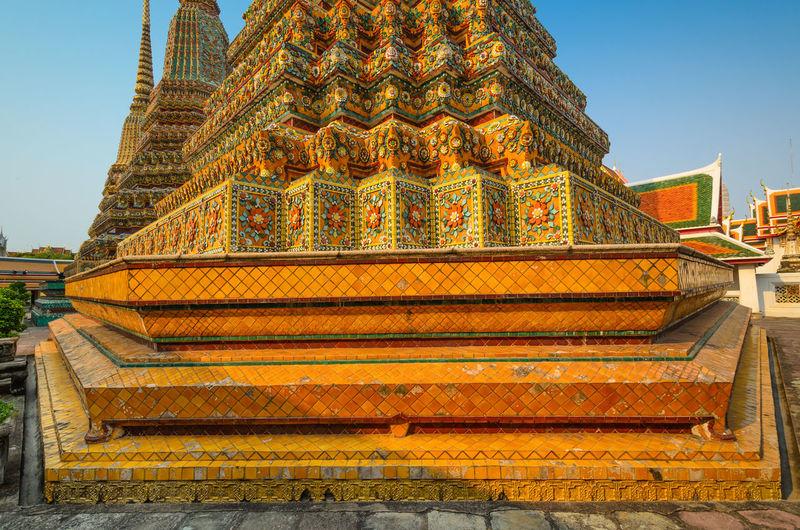 Wat pho against sky