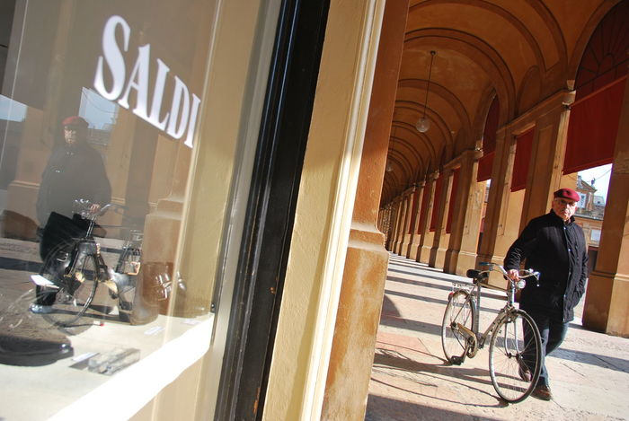 Saldi Italy Emiliaromagna Saldi Bicycle Man Portici Travel Traveling Nikon