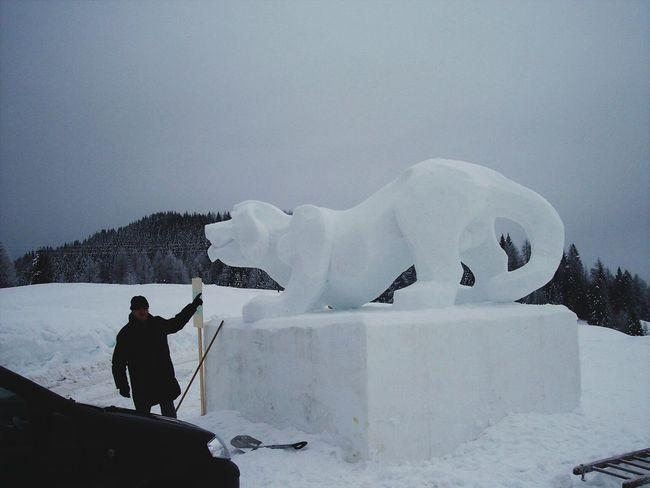 Snow sculptur Sauris