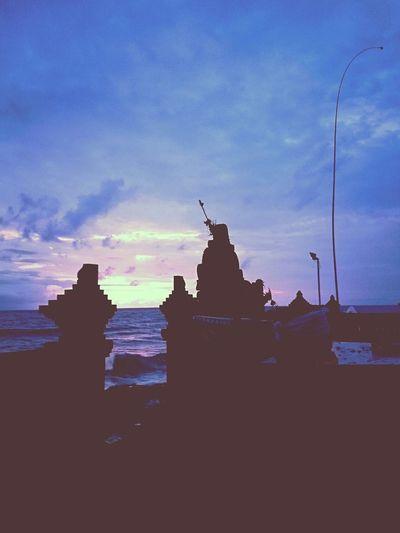 the dusk - by the gate, by the sea... Beach Dusk Echobeach Canggu Bali Sunset Sky