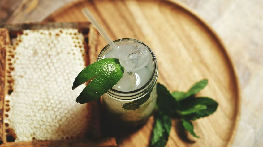 Liquid Lunch Drinking Mojito Colorful Light Liquid HDPhotography HD Lime Honey Honeycomb Wooden Fresh Juice Ice Hanging Out Chears Mixed Drinks Alcohol Yummy Food Stories