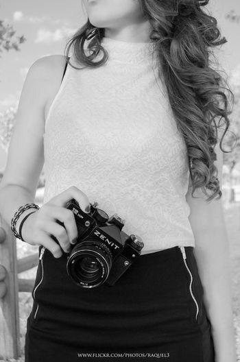 Lo importante es ver aquello que resulta invisible para los demás Me Photography Girl Camera