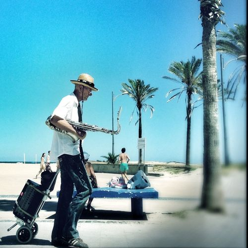Saxophone Hipstamatic Streetphotography Eye4photography