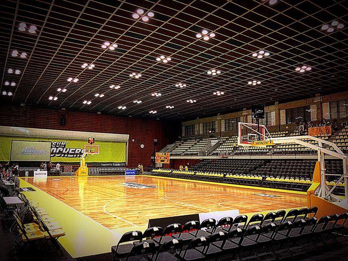 Basketball Shibuya Tokyo Japan SUNROCKERS NEOPHOENIX Playhard Teammates Courtside
