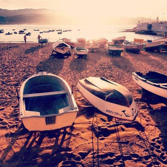 Bote Boat Playa Beach Sunset Atardecer Sun Sol Mar Sea Fishing Igers IgersLasPalmas LaPuntilla LasCanteras LasPalmas LasPalmasDeGranCanaria LPGC GranCanaria IslasCanarias CanaryIslands Canarias LoveCanarias CanaryWinter QuéSuerteVivirAquí CanariasViva Webstagram Instagram