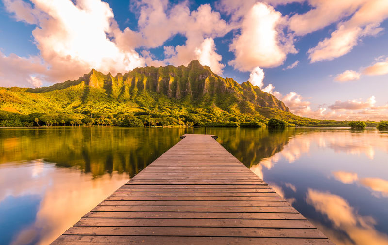 Hawaii Honolulu  Oahu Waikiki Water Lake Cloud - Sky Reflection Sky Beauty In Nature Tranquility Tranquil Scene Scenics - Nature Wood - Material Nature Idyllic Mountain No People Direction Non-urban Scene Day The Way Forward Outdoors Island Hawaii Life