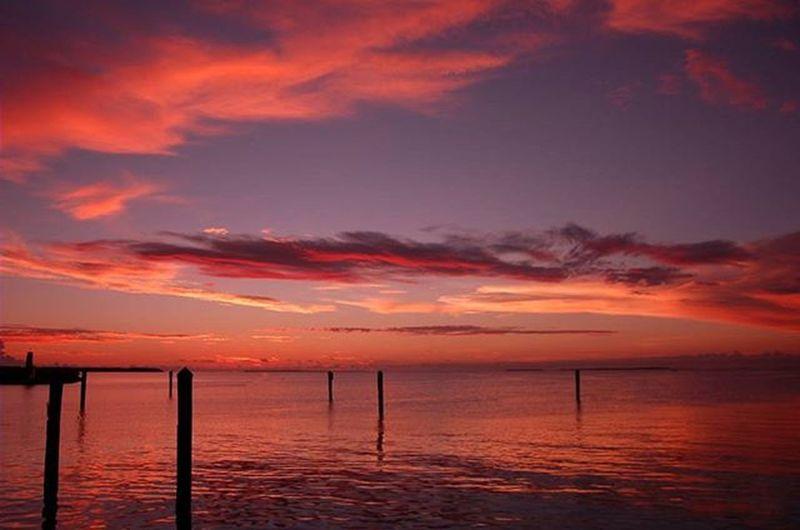 Islamorada Floridakeys Florida Keys Islamoradatimes Sunset Clouds Water Ocean Sea Southflorida Sun Summer Summertime Colour Of Life Place Of Heart