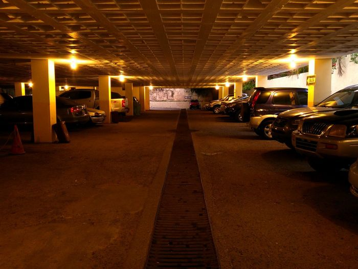 Parking Dark Getting Inspired Photography Dominican Republic Zona Colonial Tourism Building Gloomy