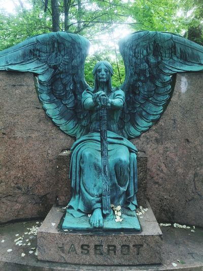 Haserot Weeping Angel