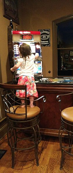 Two Year Old Gambler Addicts Anonymous Little Girls Gambling Addiction Gambling Machine Funny Funny Moments She's going to kill em in Vegas one day!