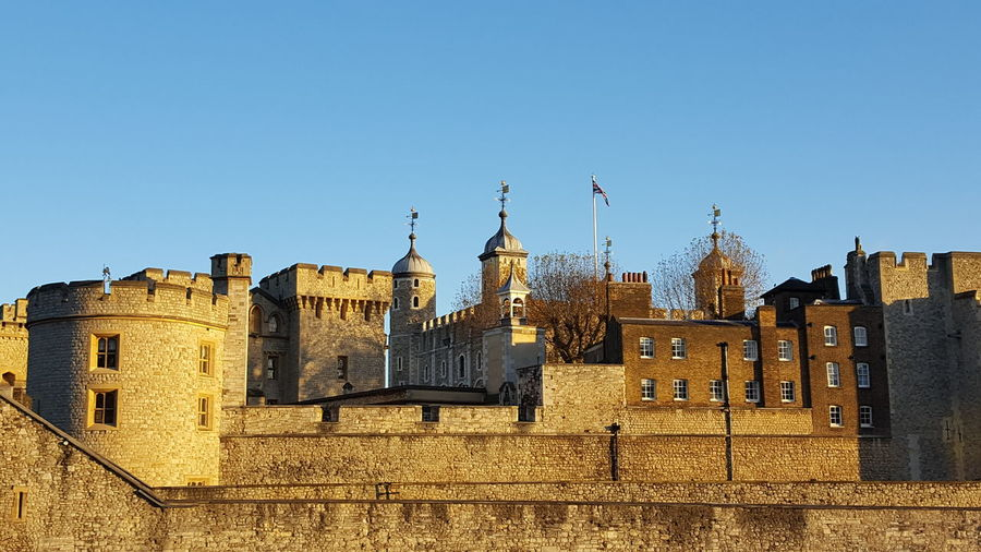 Tower of London. Tower Of London London Travel Destinations No People History Blue Sky Golden Glow Architecture City Tower Historical Travel Photography Travelgram UNESCO World Heritage Site Clear Sky Outdoors Day My Year My View Neighborhood Map