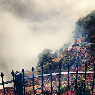 Earlymornin 7am  Topofthehill Fog Allaround Damn Cold Just Awsm Roadtrip Through The Hills All Cousins  Together Lotsof Fun 6days Amazingly Spent