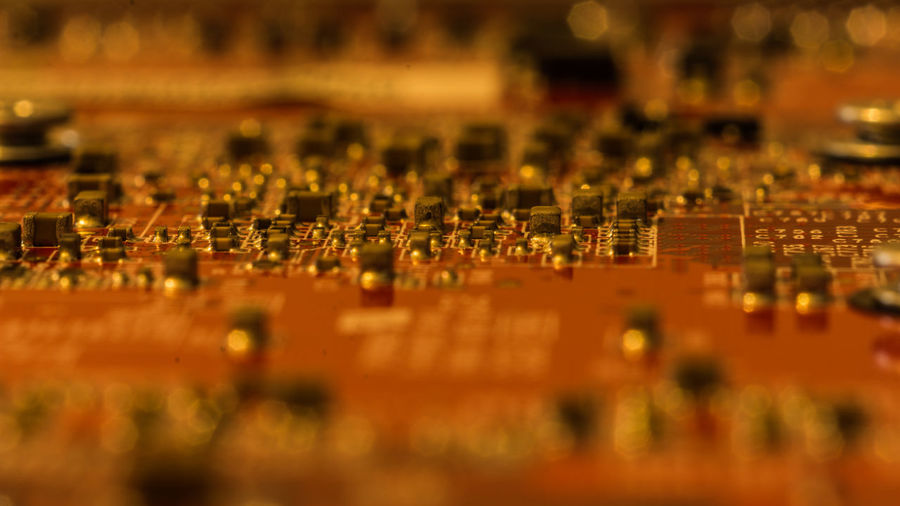 Nikon D7200 Electricity  Close-up Indoors  Selective Focus Still Life StillLifePhotography Still Life Photography Stillleben Computer Chip Computer Equipment Technology Technik  Electrical Component Electrical Equipment Macro Indoors  Computer Chip Electronics Industry Equipment Red