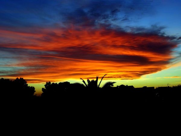 Red clouds in Muchavista, El Campello, Alicante, Spain. EyeEm Nature Lover EyeEm Best Shots Eye4photography  Nature Landscape Clouds And Sky Taking Photos Sunset Photography Relaxing