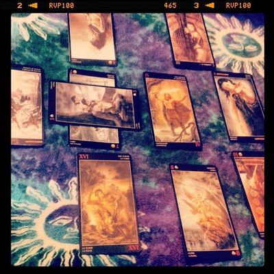 Tarotcards Tarotreader Tarotdeck Tarotreading tarotcloth sun moon tarot tarotcards questionreading question luisroyo luisroyotarotdeck luisroytarot past present future
