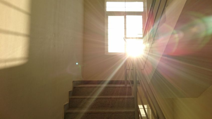 Lights Light Sunlight Shine Sun Rays Colours Light Through The Window Bright_and_bold