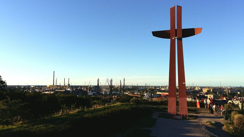 Cross Krzyż Monument Statue Memorial Miasto Outdoors Architecture Travel Traveling Travel Photography See The World Through My Eyes Hello World ✌ Hello World Cityscape Cityscapes City Life City Biuldings Buildind Polska Poland Gdansk,poland Gdańskeye Gdansk
