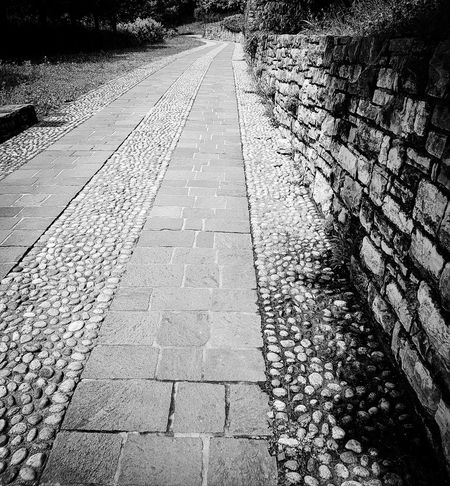 Outdoors Day The Way Forward No People Nature Pavements Textured  Italy Pattern Black & White Architecture Stones Road Path Bergamo Community
