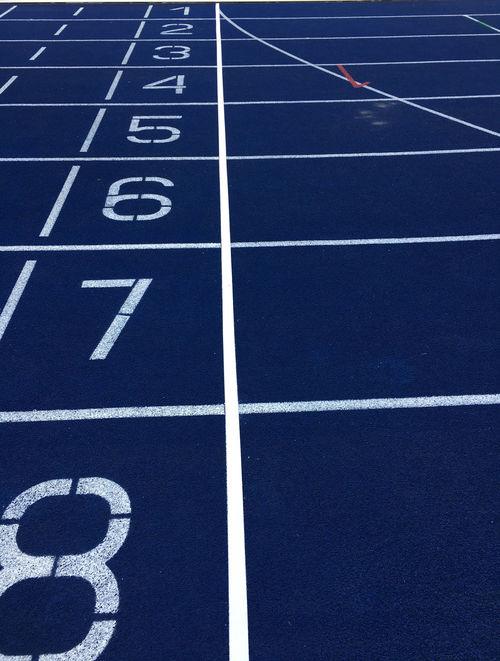 Ziellinie im Olympiastadion Berlin zur Leichtathletik EM 2018 Berlin Olympiastadion Berlin Olympiastadion Leichtathletik Athletics Championship Sports Track Sports Race Running Track Sprinting Sport Track And Field Number Finish Line