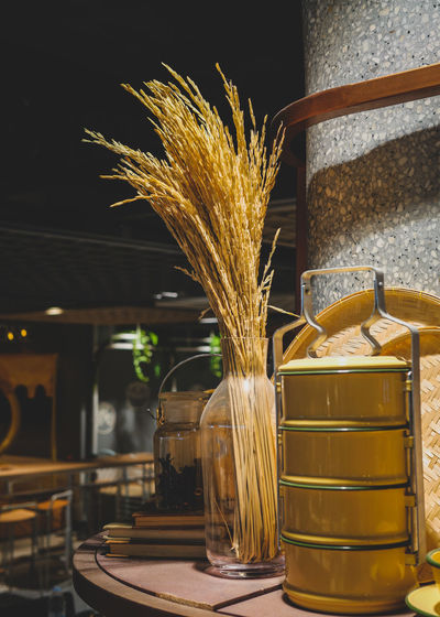 Tree Food And Drink Vase Flower Arrangement Retail Display Farmer Market Display Stall Market Stall Market For Sale Bouquet Flower Shop Store Window Bunch Of Flowers Window Display Flower Market Prepared Food Peony  Fish Market Shop Tulip