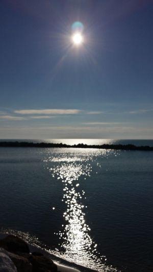 Sky Sunny Day Aspettandodomani 2016😍 Sky And Sea Mare E Sole Controluce e poi dicono che dio non esiste.....chiamalo con qualunque nome....ma secondo me qualcosina c'e'!!! Sole Sole...☀ Mare ❤ Io Amo Il Mare Mobilephotography