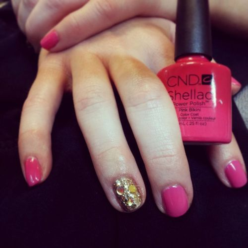 Glitterized! Derbyday Glitter Goldglam Cndpinkbikini nailroom @shelvis2