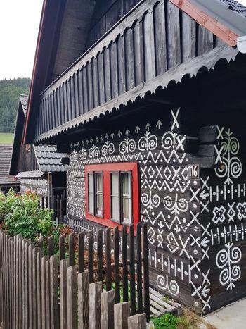 Wood WoodLand Woodhouse Woodhouses Woodhouse Design Slovakia Slovakia🇸🇰 čičmany House Roof Architecture Building Exterior Built Structure Sky Window Box Traditional Building EyeEmNewHere