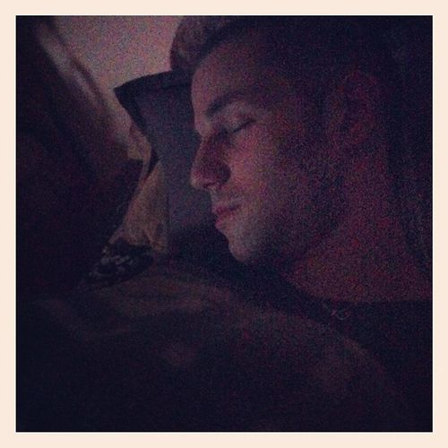 Бебето ми заспа хихи обичамсигоооооо ? goodnight ❤️