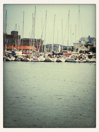 Lunch på Marstrand. Vem visste det imorse?