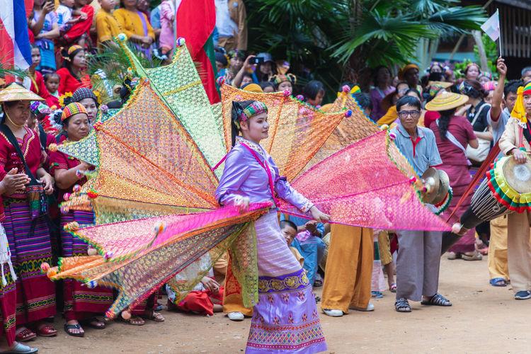 Thoet Thai,