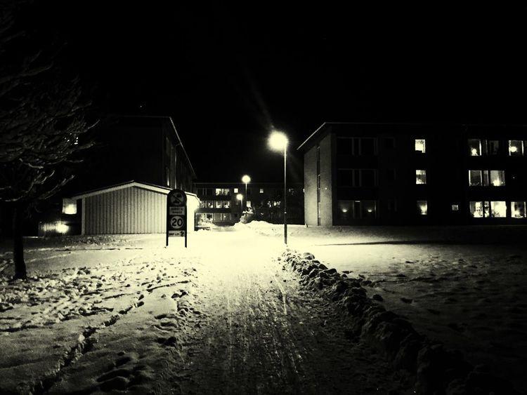 Kvällspromenad runt Ekholmen