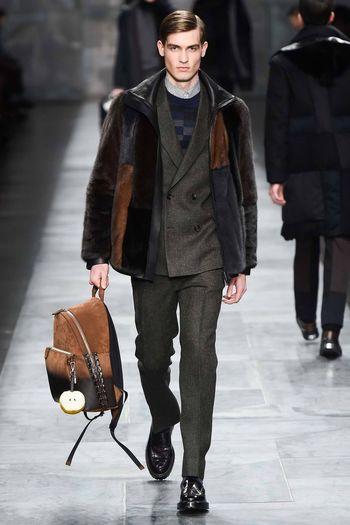 Défilé Fendi automne-hiver 2015-2016 Prada Fashionweek