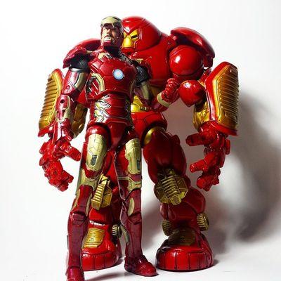 Marvel Marvellegends Marvelcomics Hulkbuster Ironman Tonystark Avengers AgeOfUltron Hasbro Toybiz Toys Toyphotography Toypizza Toysarehellasick Toycollector Toycommunity Toycollection Disney