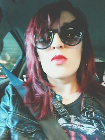 meow😻.... That's Me Black Red Lips Redhead Sunglasses Metal Metalhead Metalhead \m/ Metalheadgirl Portrait Magic