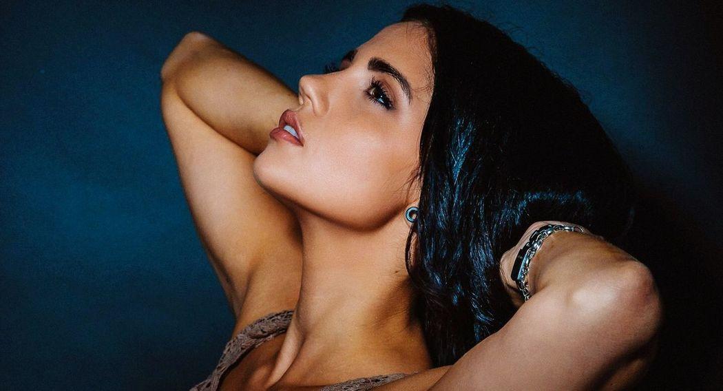 Taking Photos GERMANY🇩🇪DEUTSCHERLAND@ Fine Art Photography Model EyeEm Best Shots Today's Hot Look Bienfoto.de Color Portrait Beauty Amazing