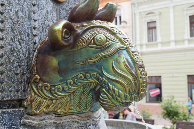 Art Bullock Eosine Eozin EyeEm Gallery Gargoyle Oxhead Pécs Pécscity Sculpture Zsolnay Zsolnay-kút