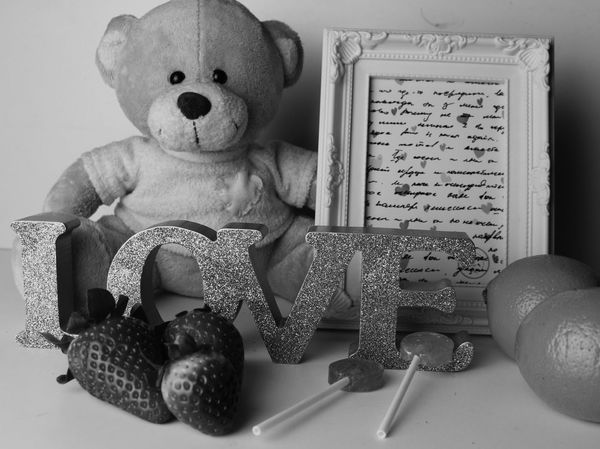 love gits Adorable Memories Beautiful VPhotography Studio Gits Love Regalosparasanvalentin Bear Stawberry Lollipops Picture Cuadro Fresas EyeEm Selects Indoors  Stuffed Toy No People Close-up