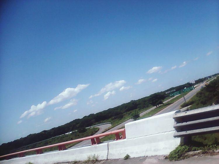 Desde arriba. Puentes Viajando Paisajes Cielo Azul