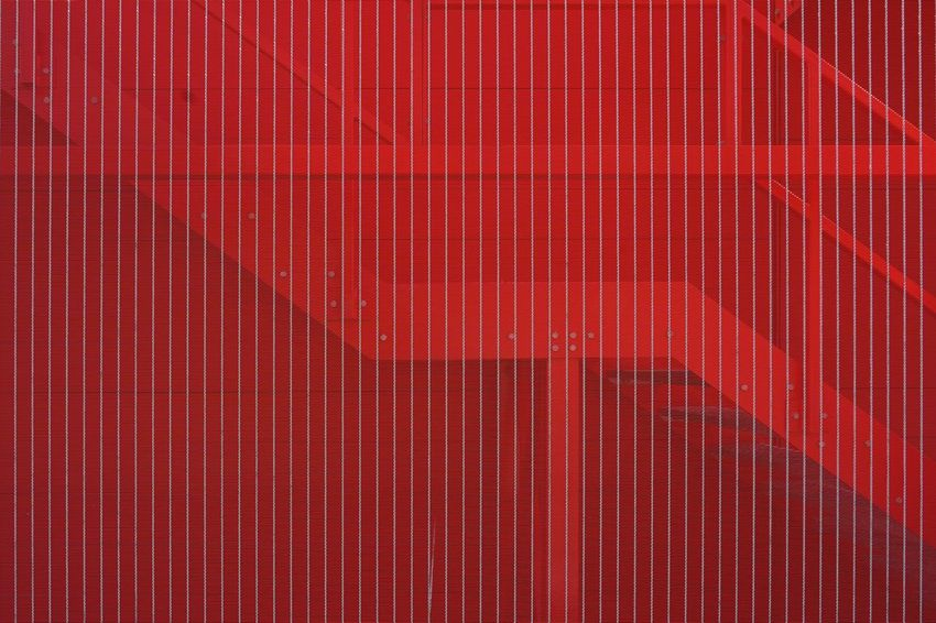 Hello World Jacklycat©2018 Thank You My Friends 😊 The Architect - 2018 EyeEm Awards The Great Outdoors - 2018 EyeEm Awards The Street Photographer - 2018 EyeEm Awards Abstract Architecture Built Structure Corrugated Getting Inspired Metal Red Street Photography Streetphotography Striped Textured  Wall - Building Feature