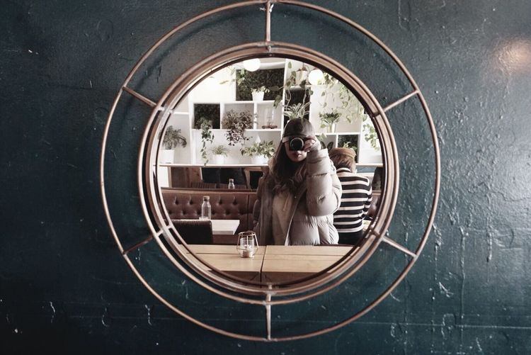 Geometric Shape Shape Circle Window Glass - Material Indoors  Mirror