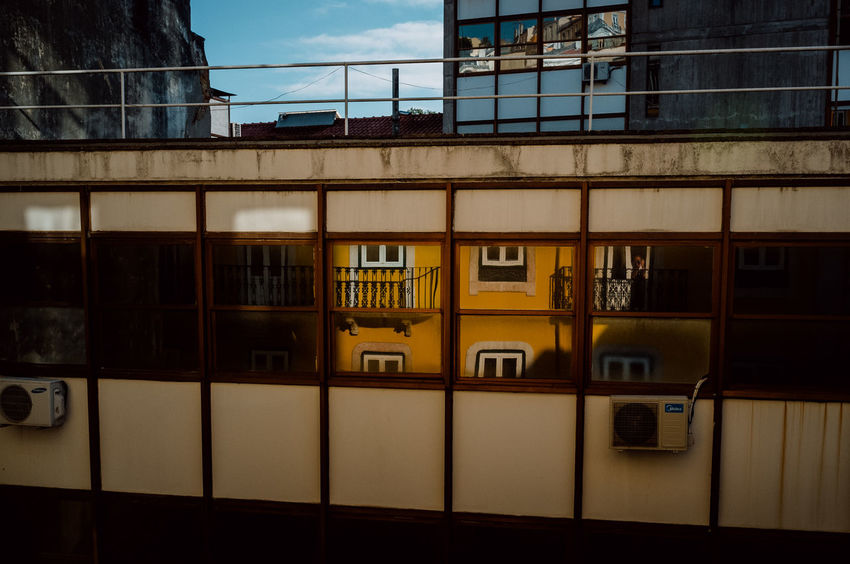 Portugal Street View Architecture Atmospheric Mood Built Structure Colorful Day Decayed Beauty Decaying Building Graffiti Art Heat Heat - Temperature Lisbon Old Scenery Southern Street Streetphotography Sun Urban The Traveler - 2018 EyeEm Awards
