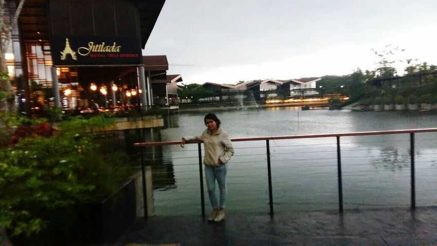 Enjoy Life Taking Photos Water Memorial With My Sister
