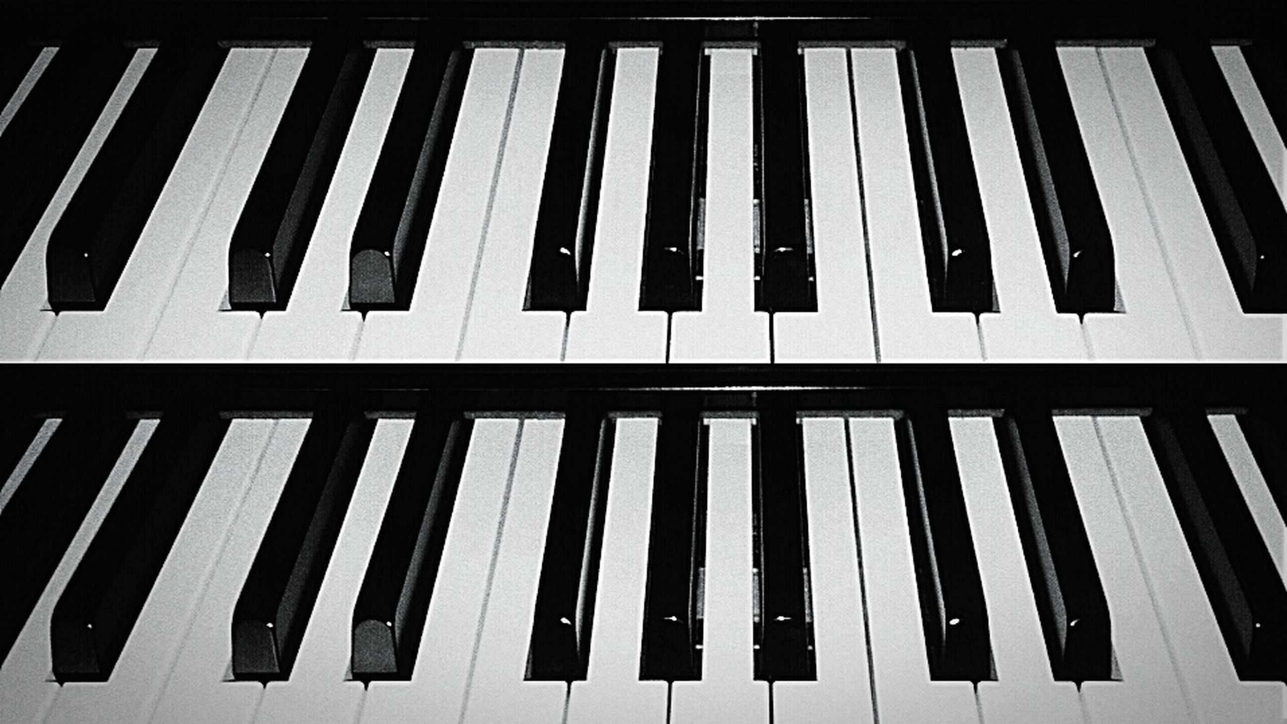 in a row, high angle view, repetition, close-up, indoors, pattern, side by side, white color, no people, still life, full frame, wood - material, piano key, backgrounds, arrangement, order, piano, large group of objects, day, empty