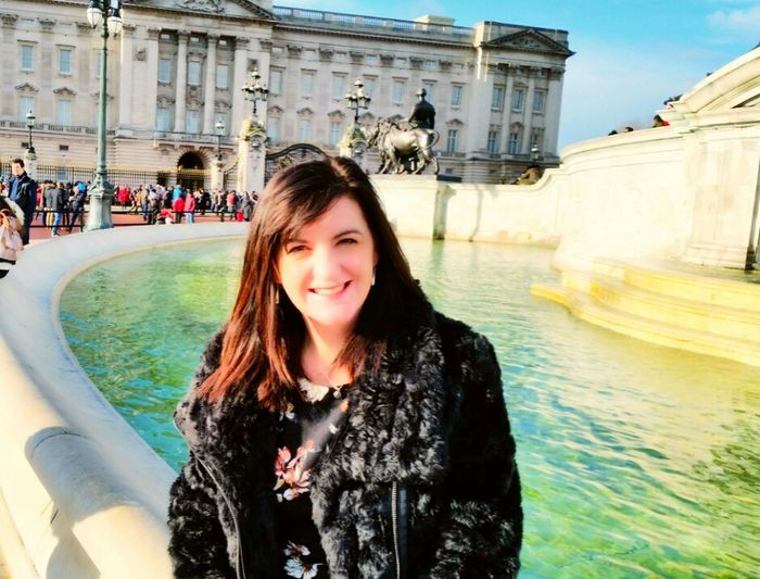 The Best From Holiday POV London Buckingham Palace Posing For The Camera That's Me England Buckingham Palace Gates Smiley Face