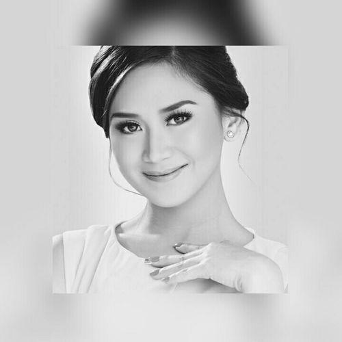 Perfectly imperfect ♥ EyeEm Best Edits EyeEm Best Shots Filipina Asian Beauty Self Portrait Eye4photography  Open Edit Asianbeauty EyeEmbnw Eyeem Philippines