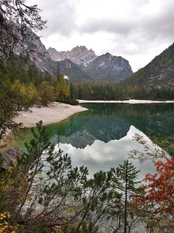 Lago Di Braies Lake Beauty In Nature Mountain Reflection Hiking Trail Italy