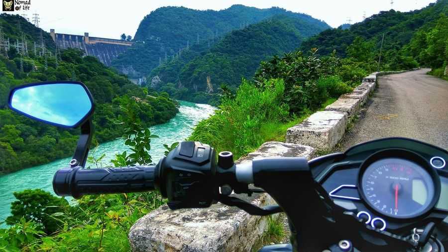 The view 😍🇮🇳 Day No People Speedometer Water Outdoors Tree Sky Gauge Nature Close-up Photography Eyeemphotography NOMAD Highwayphotography Motorcycle Photography Nomad EyeEm High Angle View Travelgrams Wanderlust Riverside Dam Beauty In Nature Highways&Freeways Traveldiary2017 Freshness