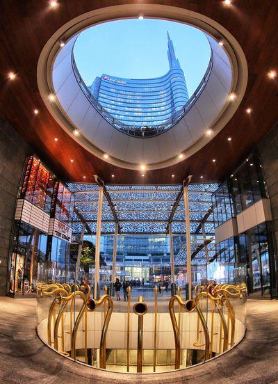 Milano Piazza Gae Aulenti (foto andrea cherchi) Gae Aulenti Square Gae Aulenti, Milan Milan Milano Architecture City Day Illuminated Modern