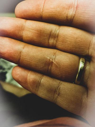 Human Hand Men Human Finger Close-up Wedding Ring Fingernail Finger